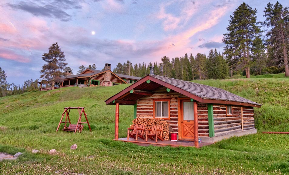 Lodging near Yellowstone